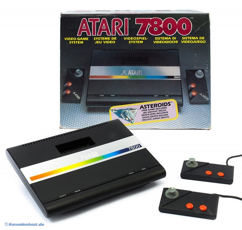 Atari 7800 - Console (incl. 2 gamepad & equipment) (boxed ...