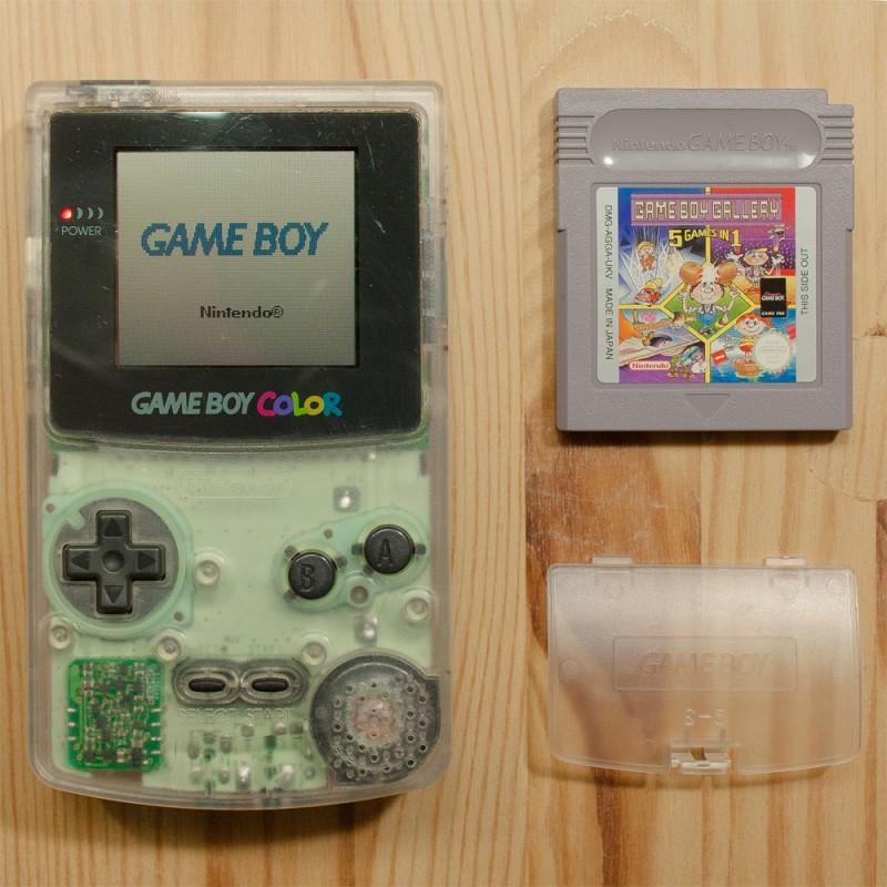 gameboy color konsole clear spiel gb gallery 5in1 gebraucht gameboy color gbc konsolen. Black Bedroom Furniture Sets. Home Design Ideas